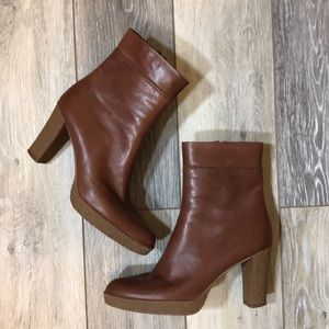 Stuart Weitzman | Brown Leather Heeled Bootie